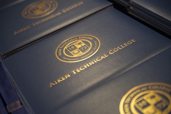 More than 450 Credentials Awarded During 2018 Commencement Ceremony
